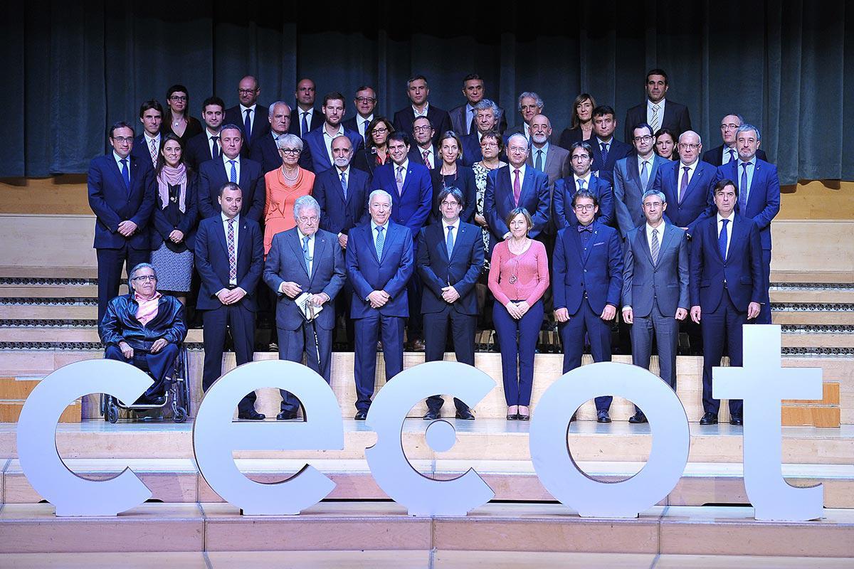 Foto de grupo de la entrega de premios de la CECOT a Parkimeter