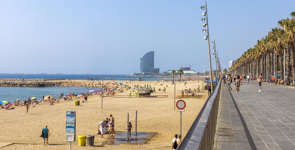 Se promener sur la Barceloneta à Barcelone